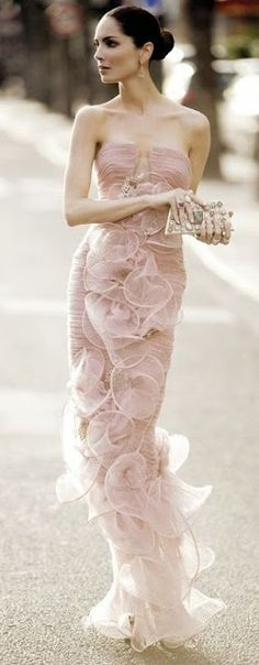 Stunning light pink gown.