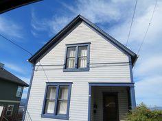 Astoria, Oregon, Daily Photo: Drive-by Astoria #3: A Finnish House