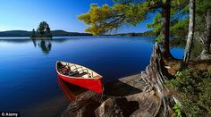 18 Iconic Images of Canada: This Country's Beauty Will Astonish You.: Canoe at Lake Opeongo, Algonquin Provincial Park, Ontario Canoe Camping, Canoe Trip, Canoe And Kayak, Ontario Provincial Parks, Ontario Parks, Algonquin Park, Autumn Lake, Visit Canada, Kayaking