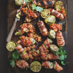 Braaied bacon, blue cheese and fig chilli poppers | Food24