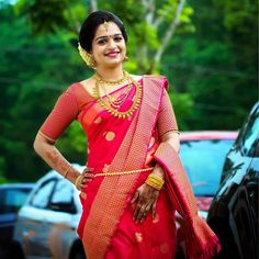 Tips For Planning The Perfect Wedding Day – Divine Bridal Tamil Wedding, Saree Wedding, Wedding Day, Christian Bride, Christian Weddings, Bridal Silk Saree, Silk Sarees, Saree Jewellery, Kerala Bride