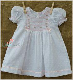 Hermosa mano Smocked gasa punto bebé vestido  culotte