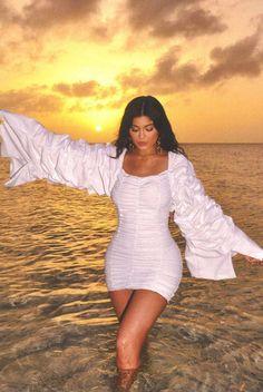kylie jenner fashion line outfits Estilo Kylie Jenner, Kendall Jenner Outfits, Peinados Kylie Jenner, Kylie Jenner Mode, Trajes Kylie Jenner, Kylie Jenner Hair, Looks Kylie Jenner, Kyle Jenner, Kendall And Kylie