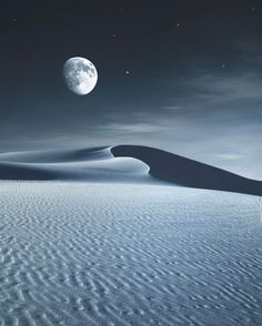 Planetary - White Sands National Monument - New Mexico - USA - By Jaxson Pohlman (@jaxsonpohlmanphotography) on Instagram.