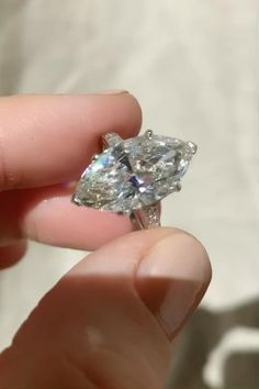 Big Engagement Rings, Big Wedding Rings, Antique Engagement Rings, Antique Jewelry, Ancient Jewelry, Vintage Jewellery, Marquise Diamond, Marquise Cut, Most Expensive Jewelry