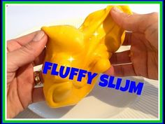 Fluffy Slijm- super duper easy! - YouTube Fluffy Slime With Borax, Borax Slime, Diy And Crafts, Diys, Easy Youtube, School, Charger, Seeds, Bricolage