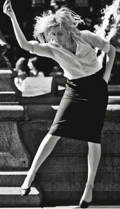 Frances Ha. Made me feel 20 years younger :D Felt very connected to my nineties-me (even have the same haircut again).