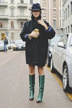 Gilda Ambrosio / Hat, coat, and knee high green leather boots