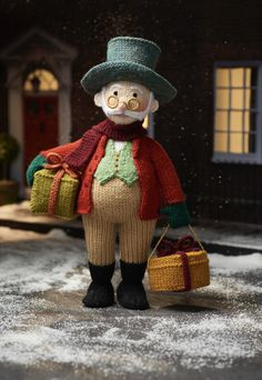 Grandpa Jolly by Alan Dart – knitted in Hayfield, Bonus DK