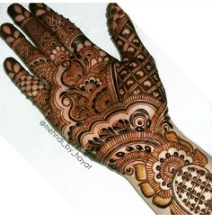 Indo-Gulf ❤ All you need in this life is ignorance and confidence, and then success is sure. Palm Henna Designs, Full Mehndi Designs, Stylish Mehndi Designs, Mehndi Design Pictures, Bridal Henna Designs, Beautiful Henna Designs, Mehndi Images, Arabic Mehndi Designs, Henna Tattoo Designs