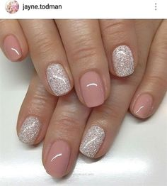 nails Silber und rosa Nägel - kurz Get the Straight Hair You've Always Wanted The Sedu Ceramic Hair Manicure Rose, Shellac Pedicure, Pedicure Ideas, Pedicure Colors, Pedicure Designs, Glitter Pedicure, Pedicures, Silver And Pink Nails, Silver Glitter