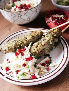 Surówki obiadowe - przepisy na surówki - blog kulinarny - codojedzenia.pl Coleslaw, Palak Paneer, Feta, Ethnic Recipes, Desserts, Blog, Grenades, Tailgate Desserts, Deserts