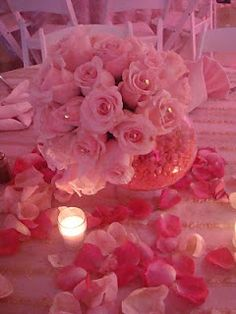 great centerpiece idea for a sweet 16 party