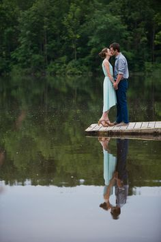 Romantic lake side engagement session