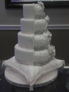 I like the bottom layer pillow.and yes may need to do in fondant but rest could be buttercream Peacock Wedding Favors, Bling Wedding Cakes, White Wedding Cakes, Wedding Cakes With Flowers, Cool Wedding Cakes, Elegant Wedding Cakes, Beautiful Wedding Cakes, Gorgeous Cakes, Wedding Cake Designs