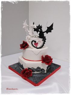 Embracing Dragons Wedding Cake | Pinterest | Wedding cake, Dragons ...