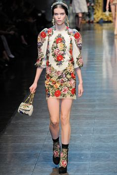 Dolce & Gabbana - Fall 2012 Ready-to-Wear - Look 36 of 74