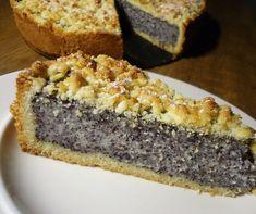 Změklé máslo ušleháme s cukrem, zašleháme citron a pak rukama zapracujeme mouku s práškem do pečiva. Těsto rozdělíme na dva díly v poměru... Baking Recipes, Cookie Recipes, Dessert Recipes, Czech Desserts, Vegan Recepies, Czech Recipes, Sweet Cakes, Sweet And Salty, Dessert Bars