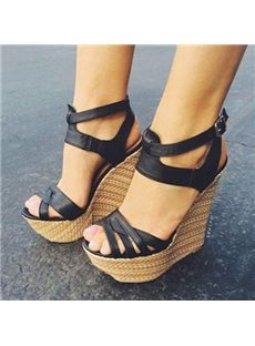 Buy fashion wedges shoes from shoespie. It offers you some cheap wedge shoes of different styles:printed wedge heels, strappy wedges boots, summer wedge sandals are standing for good quality. Pretty Shoes, Beautiful Shoes, Cute Shoes, Me Too Shoes, Beautiful Images, Black Wedge Sandals, Wedge Heels, High Heels, Black Wedges