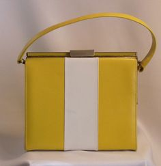 VINTAGE PURSE yellow and white