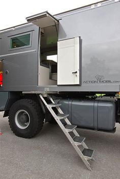 The twin-axle Zetros chassis can carry 10 tons whilst the triple-axle variant can handle 16 tons. Off Road Camping, Truck Camping, Truck Tent, Overland Truck, Expedition Vehicle, Popup Camper, Diy Camper, 4x4 Trucks, Motorhome