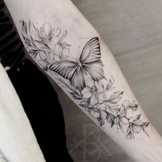 Learn more about the tattoo styles, address and tattoo artists that are part of Los Almeidas Tattoo Studio - brunoalmeida.art (Tattoo studio in Campinas) Mommy Tattoos, Sexy Tattoos, Unique Tattoos, Cute Tattoos, Body Art Tattoos, Hand Tattoos, Tatoos, Lower Arm Tattoos, Arm Tattoos For Women