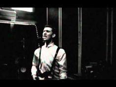 Willy Moon - Shakin' - YouTube