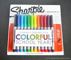 """Colorful"" Teacher Gift Idea with Free Printable at artsyfartsymama.com #StaplesBTS #Sharpie #giftidea"