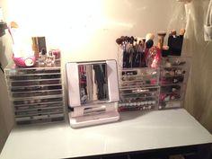 individual makeup setup