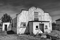The architecture suggests Spain or Mexico, but this abandoned building was a rural dancehall in Rathcoffey, County Kildare, Ireland. But Is It Art, Castle Ruins, Old Barns, Abandoned Buildings, Countryside, Mount Rushmore, Ireland, Exterior, Architecture