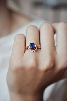 Not bad, but I hate the rose gold. Anna Sheffield Engagement Ring - Blue Sapphire Bea Ring | BONA DRAG