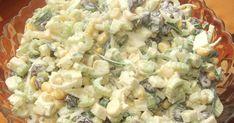 """""""Kolejna sałatka z selerem naciowym, którą poczyniłam. I po raz kolejny mogę ją śmiało polecić.     Składniki:   seler naciowy  pół małeg... Veg Recipes, Salad Recipes, Vegetarian Recipes, Cooking Recipes, Salate Warm, Polish Recipes, Slow Food, Side Salad, Vegetable Salad"""