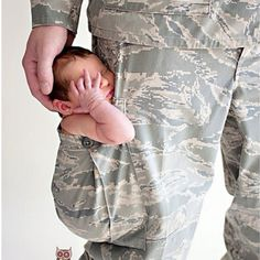 This is a great pic idea for military families.