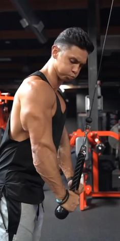 Bicep And Tricep Workout, Abs And Cardio Workout, Forearm Workout, Abs Workout Routines, Gym Workout Tips, Workout Videos For Men, Gym Workouts For Men, Weight Gain Workout, Gym Photos