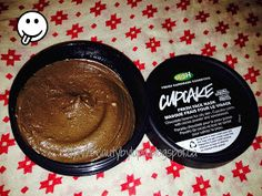 Pearls and Red Lips: Lush Fresh Face Mask: Cupcake Review!