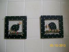 VENDIDOS - Peça em MDF com pintura a mão totalmente impermeabilizado, decorado com recorte em mdf e pintado a mão. <br> <br>OBS: O preço é de $ 25,00 para cada quadrinho, as fotos onde aparecem os dois juntos são ilustrativas.