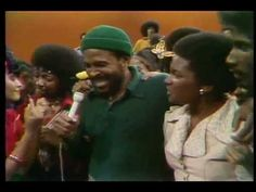 """MARVIN GAYE / LET'S GET IT ON (Soul Train 1974) -- Check out the """"Super Sensational 70s!!"""" YouTube Playlist --> http://www.youtube.com/playlist?list=PL2969EBF6A2B032ED #70s #1970s"""