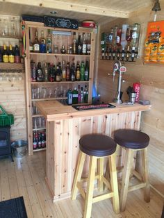 Trendy Home Bar Lounge Ideas Man Cave Ideas Diy Bar, Diy Home Bar, Home Bar Decor, Bars For Home, Mini Bar At Home, Diy Pallet Bar, Bar Lounge, Lounge Ideas, Diy Außenbar