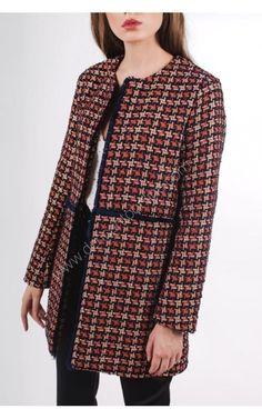 ABRIGO CHANEL DETALLE FLECOS Chanel, Blazer, Group, Jackets, Women, Fashion, Shopping, Vestidos, Bangs