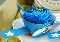 [Boy Bash] 'Fly into Summer' Plane Dessert Table! - Spaceships and Laser Beams.Cupcake Wrapper