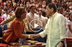 #Politics Watch: Leila De Lima napilitan lng daw na makipag Shake Hands ky President Duterte - http://inewser.com/watch-leila-de-lima-napilitan-lng-daw-na-makipag-shake-hands-ky-president-duterte/