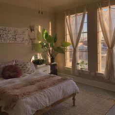 minimalist apartment vibe, simple apartment decor - Home Decor Room Ideas Bedroom, Bedroom Decor, Bedroom Inspo, Bedroom Curtains, Kids Bedroom, Bedroom Table, Cosy Bedroom, Bedroom Storage, Bedroom Furniture