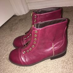 Teslo girl wine zip ankle boot Never worn! Kids size three Teslo Shoes Ankle Boots & Booties