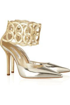 Oscar de la Renta|Looped cuff metallic leather pumps|When I have $945 laying around I'll get these :)