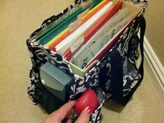 Teacher Bag - 31 bags these Organizing Utility Totes are the best! You ca carry so much in them. I love all the pockets! Www.mythirtyone.com/beckyclaxton#Repin By:Pinterest++ for iPad#