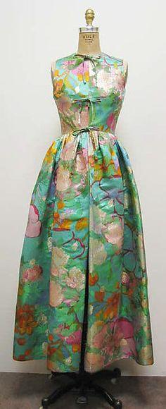 Vintage Fashion Ensemble Madame Grès (Alix Barton) (French, Paris Var region) ca. 1960s Fashion, Fashion Moda, Vintage Fashion, Womens Fashion, Madame Gres, Vintage Gowns, Vintage Ladies, Vintage Outfits, Pretty Dresses