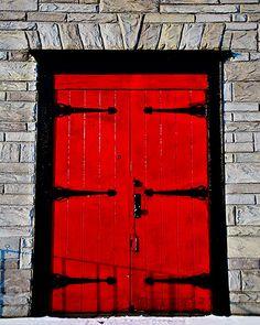 Red door w/strap hinges. Door Knockers, Door Knobs, Door Handles, Cool Doors, Unique Doors, Portal, Gates, Black Doors, Red Doors