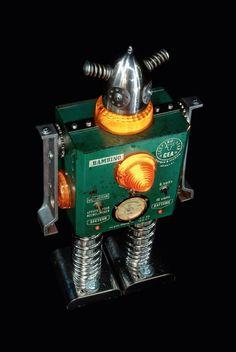 Viva la robolución: Esculturas del robot por + Brauer | Rejilla Inspiración | Diseño Inspiración