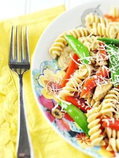 Yelled at  by a 6-year old - Plus, quick and easy rigatoni with chicken sausage and sugar snap peas by Jennifer Leal @savorthethyme