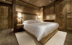 schlafzimmer mit grauem fliesenboden und holz ein traumzimmer in einem edlen design apartment. Black Bedroom Furniture Sets. Home Design Ideas